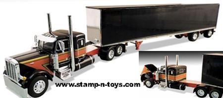 Flattop Transport LLC Peterbilt 379 Tractor with Chrome Dry Van Trailer