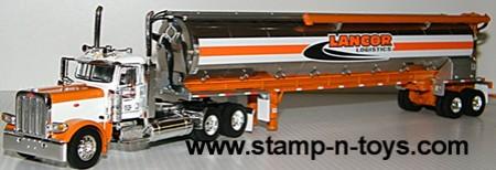 Lancor Logistics Pete 389 with Walinga Feed Trailer