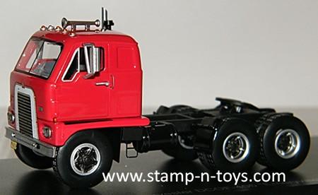 1959 IH DCOF-405 Tractor